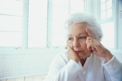 anciana triste