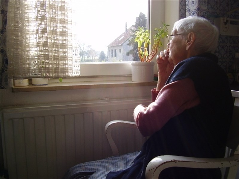anciana sola