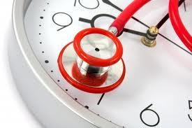 fonendo y reloj
