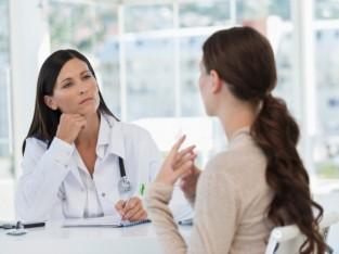 mujer en la consultajpg